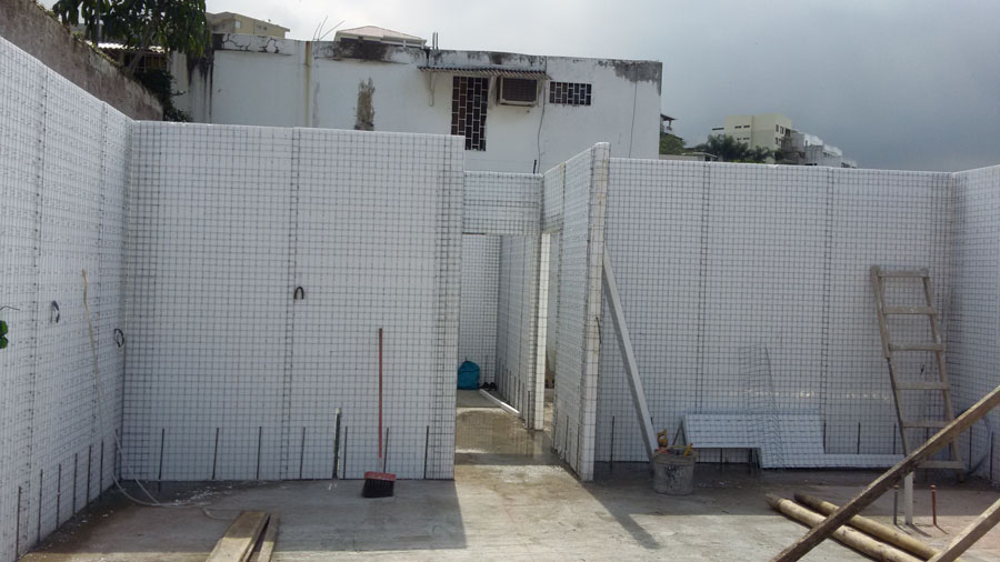 South american sips stucco insulated panel system for Styrofoam house construction