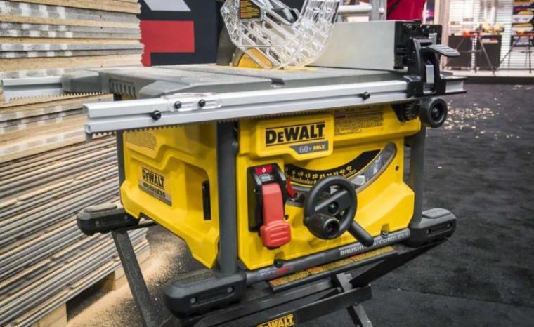 DeWalt-cordless-table-saw-770x472.jpg