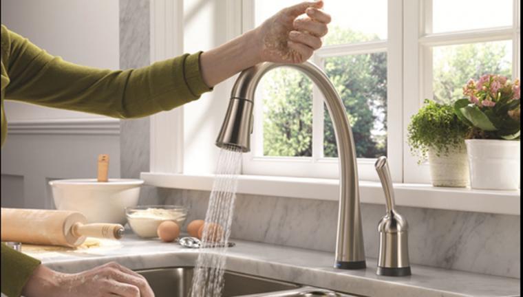 UD-faucet-Pilar-Touch20-Delta-2.jpg